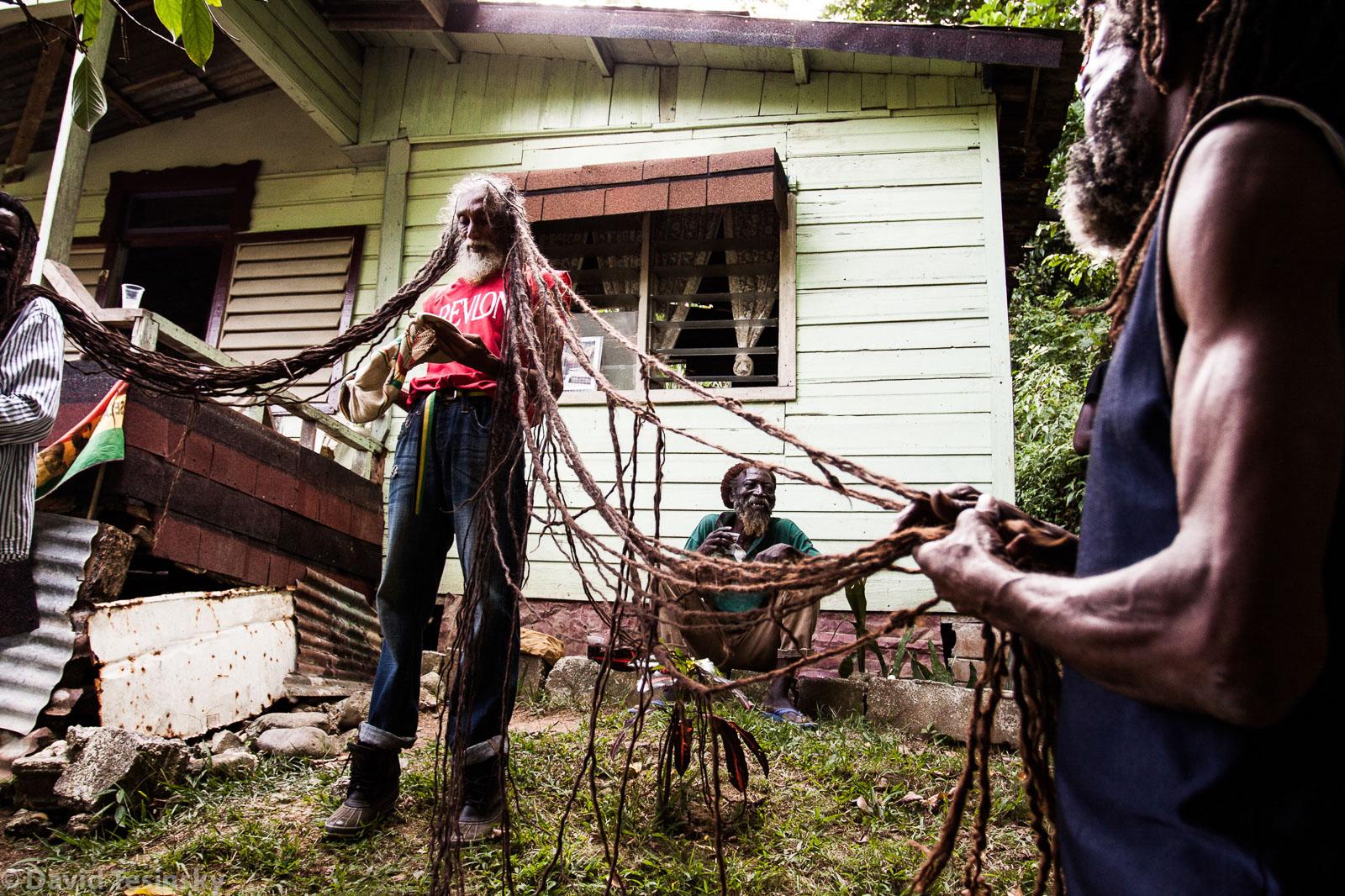 Muž s nejdelšími dready na Jamajce